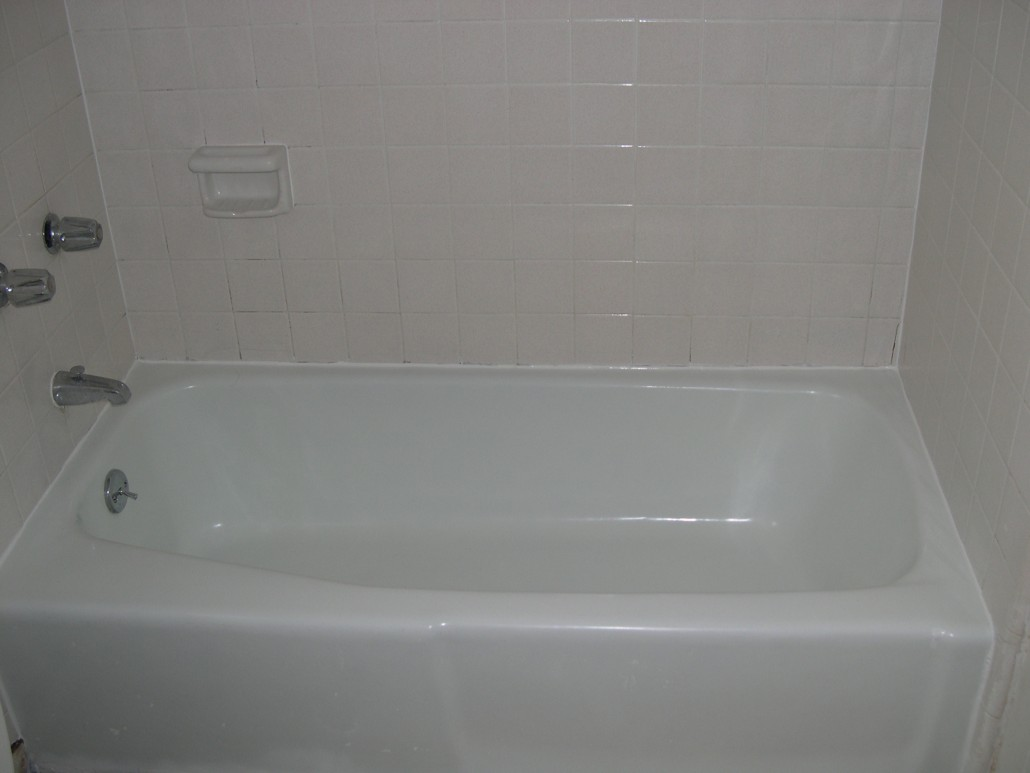 Before & After – Tub Doctor Maui